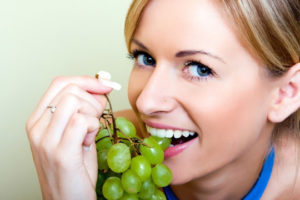 eating-grapes-during-pregnancy